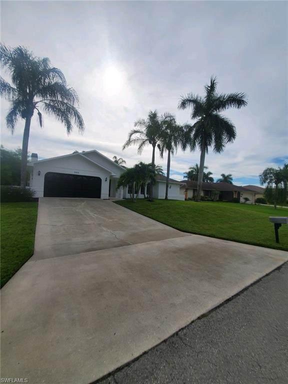 3513 SE Santa Barbara Pl, Cape Coral, FL 33904 (MLS #221074791) :: Medway Realty