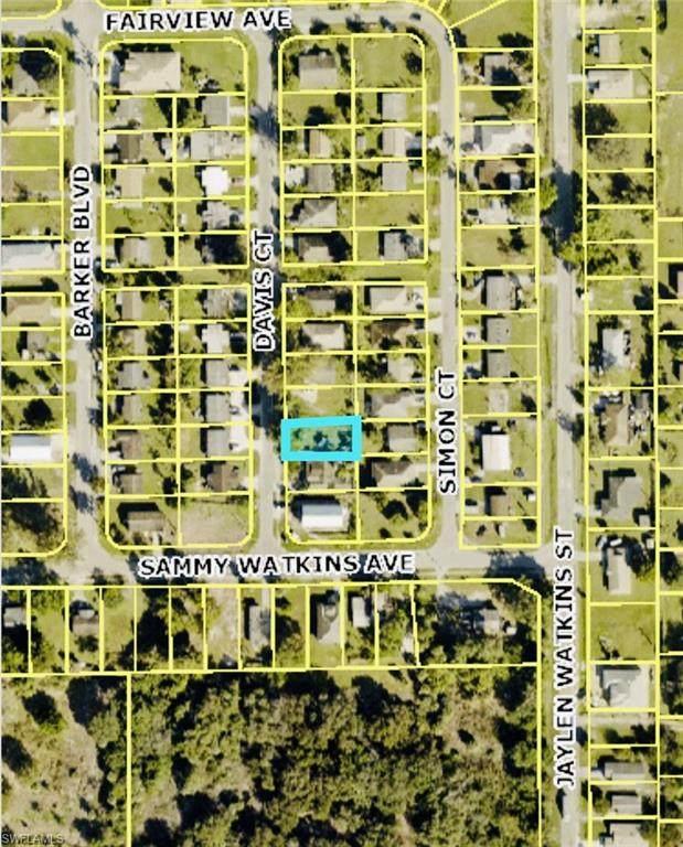 2173 Davis Ct, Fort Myers, FL 33916 (#221075772) :: Southwest Florida R.E. Group Inc