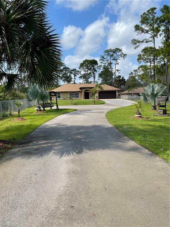 461 22nd St SE, Naples, FL 34117 (MLS #221076270) :: Wentworth Realty Group
