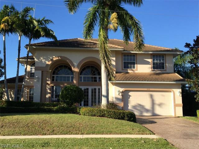 1040 Coronado Ct, Marco Island, FL 34145 (#215002624) :: Homes and Land Brokers, Inc