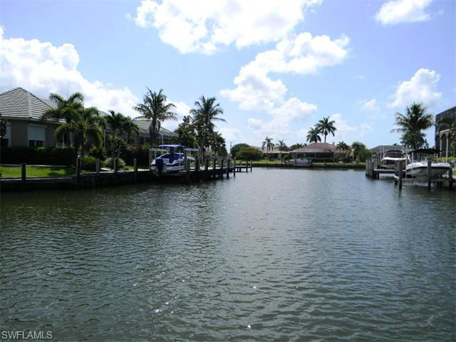 177 Geranium Ct, Marco Island, FL 34145 (#215029518) :: Homes and Land Brokers, Inc