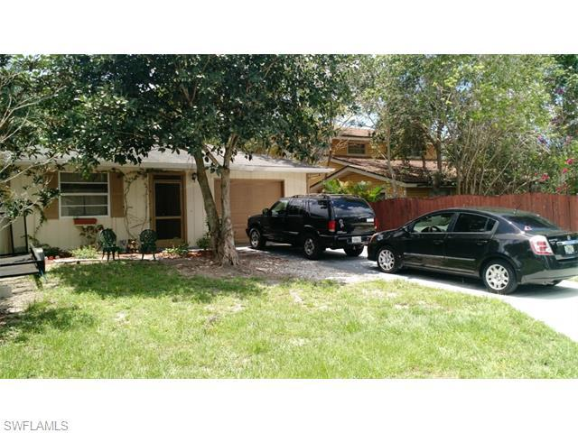 824 94th Ave N, Naples, FL 34108 (MLS #215036169) :: The New Home Spot, Inc.