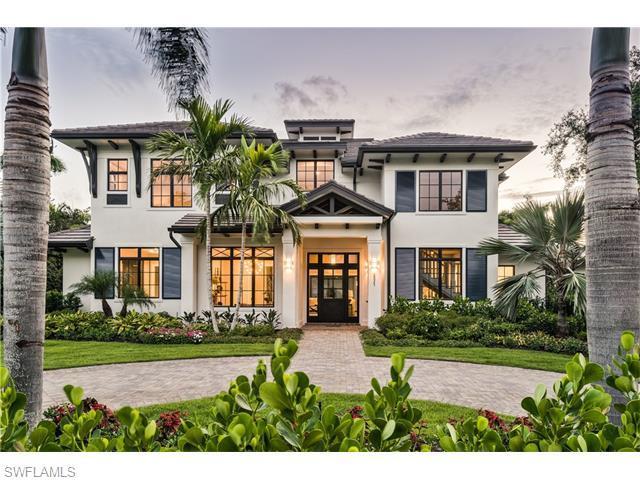 2025 Crayton Rd, Naples, FL 34102 (#215042172) :: Homes and Land Brokers, Inc