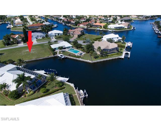 367 Copperfield Ct, Marco Island, FL 34145 (MLS #215051578) :: The New Home Spot, Inc.