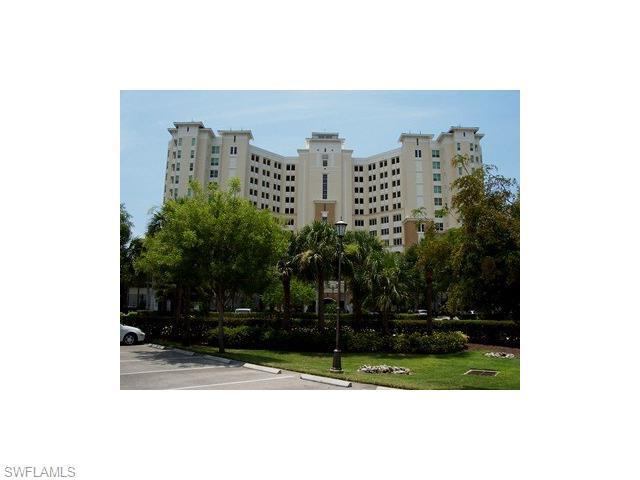 325 Dunes Blvd Ph7, Naples, FL 34110 (#215053109) :: Homes and Land Brokers, Inc