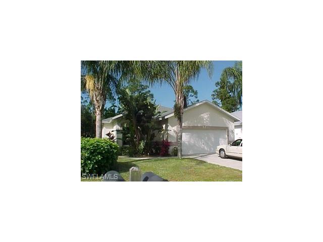 310 Stanhope Cir, Naples, FL 34104 (#215058457) :: Homes and Land Brokers, Inc