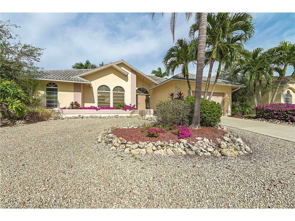 1775 Waterfall Ct, Marco Island, FL 34145 (MLS #215066841) :: The New Home Spot, Inc.
