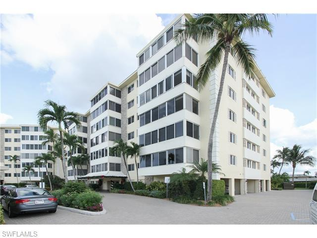 3410 Gulf Shore Blvd N #204, Naples, FL 34103 (#215070003) :: Homes and Land Brokers, Inc