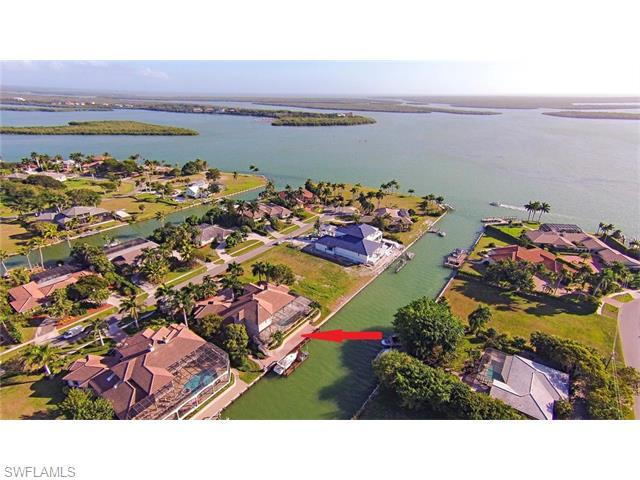 950 Scott Dr, Marco Island, FL 34145 (#215072364) :: Homes and Land Brokers, Inc