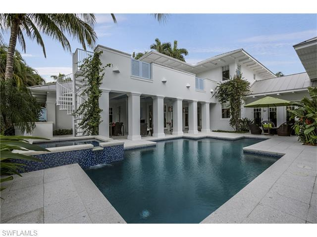 137 1st Ave N, Naples, FL 34102 (#216002674) :: Homes and Land Brokers, Inc