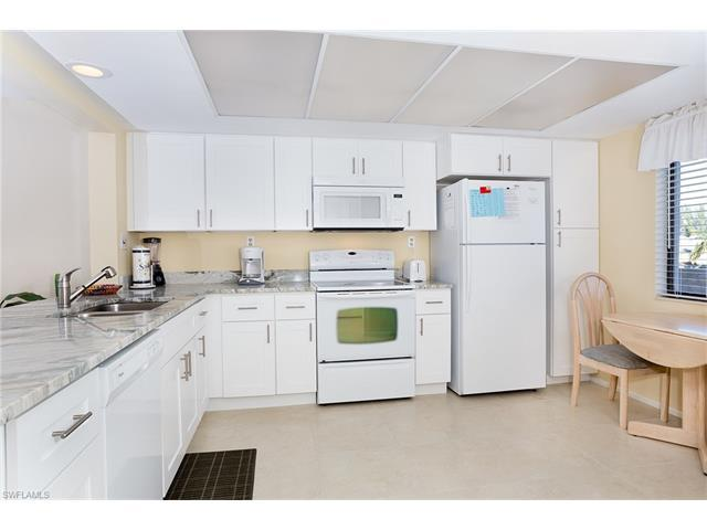 979 E Gulf Dr #574, Sanibel, FL 33957 (#216005468) :: Homes and Land Brokers, Inc
