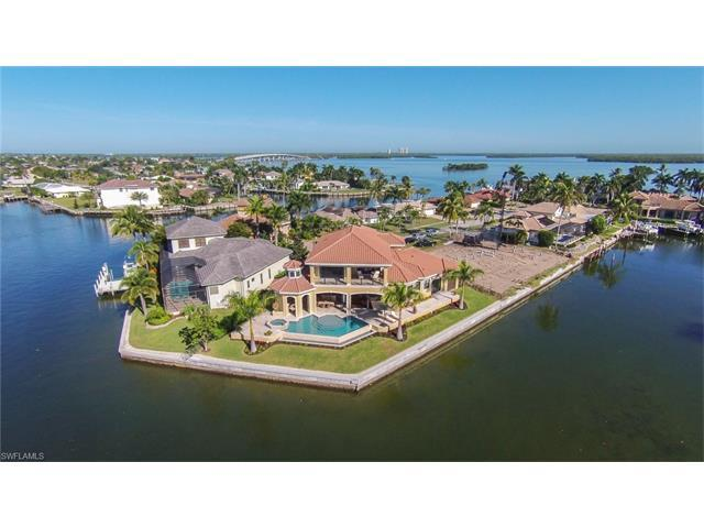 486 Pepperwood Ct, Marco Island, FL 34145 (#216005610) :: Homes and Land Brokers, Inc