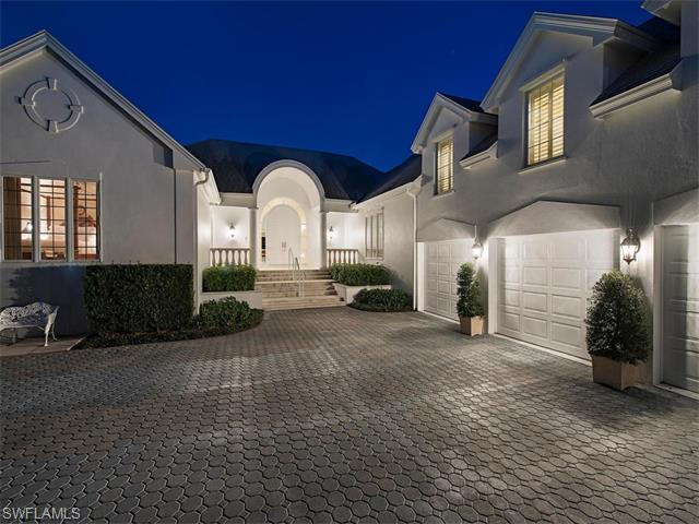 1111 Spyglass Ln, Naples, FL 34102 (#216009550) :: Homes and Land Brokers, Inc