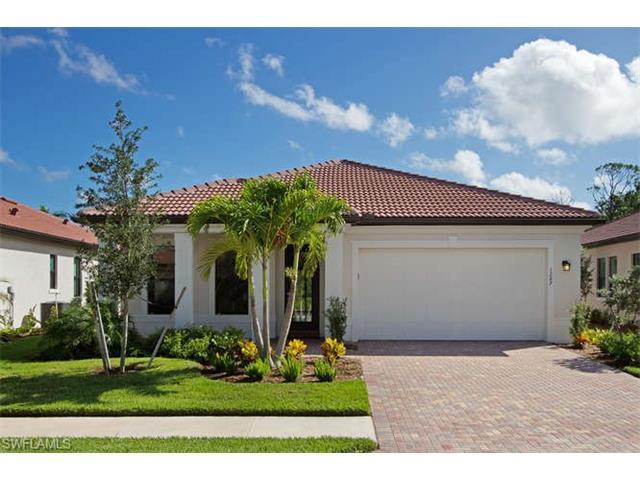 1287 Manado Dr, Naples, FL 34113 (#216010441) :: Homes and Land Brokers, Inc