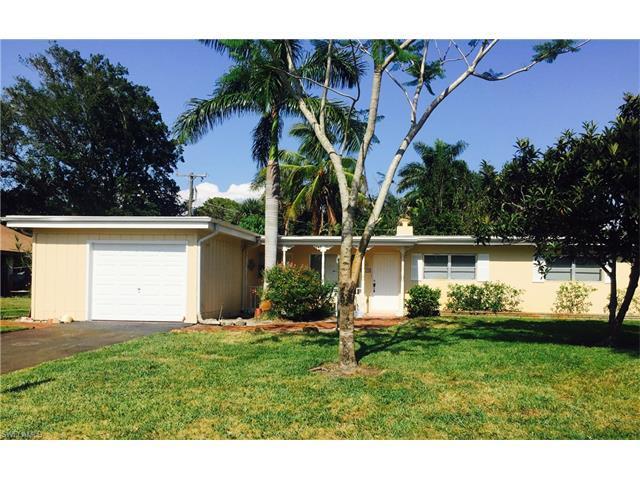 130 5th St N, Naples, FL 34102 (MLS #216012976) :: The New Home Spot, Inc.