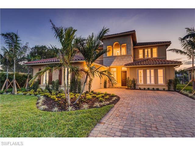 2146 Torino Way, Naples, FL 34105 (#216016318) :: Homes and Land Brokers, Inc