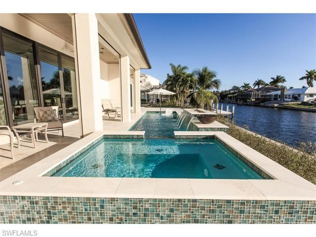 288 N Barfield Dr, Marco Island, FL 34145 (MLS #216018523) :: The New Home Spot, Inc.