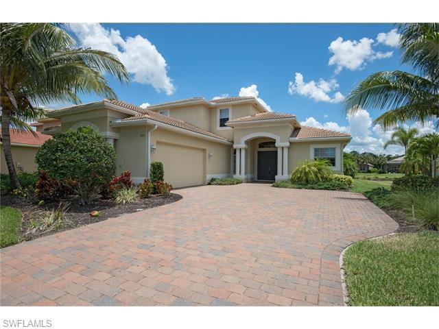 295 Saddlebrook Ln, Naples, FL 34110 (MLS #216024176) :: The New Home Spot, Inc.