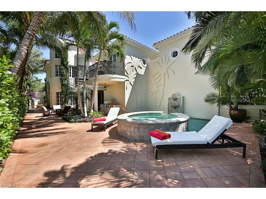465 2nd Ave S C, Naples, FL 34102 (#216025208) :: Homes and Land Brokers, Inc