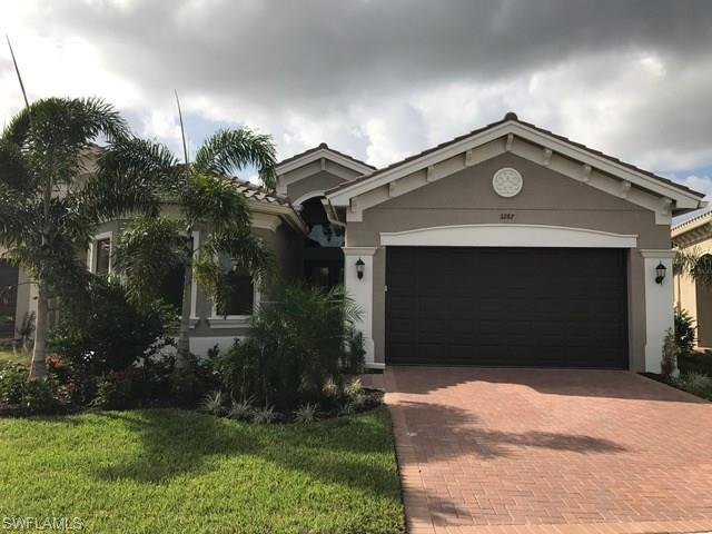3287 Pacific Dr, Naples, FL 34119 (MLS #216030983) :: The New Home Spot, Inc.