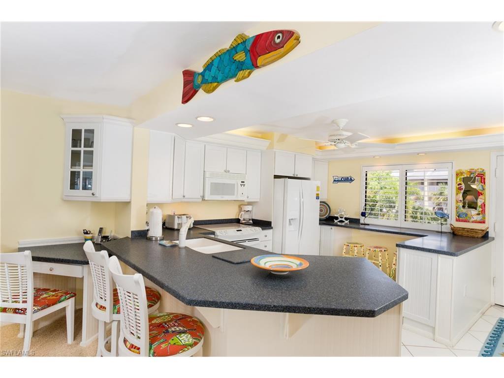 979 E Gulf Dr E592, Sanibel, FL 33957 (MLS #216032281) :: The New Home Spot, Inc.