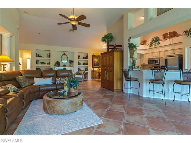 2135 Aberdeen Ln 5-202, Naples, FL 34109 (MLS #216032621) :: The New Home Spot, Inc.