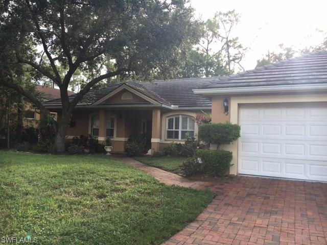 6061 Waxmyrtle Way, Naples, FL 34109 (#216032978) :: Homes and Land Brokers, Inc