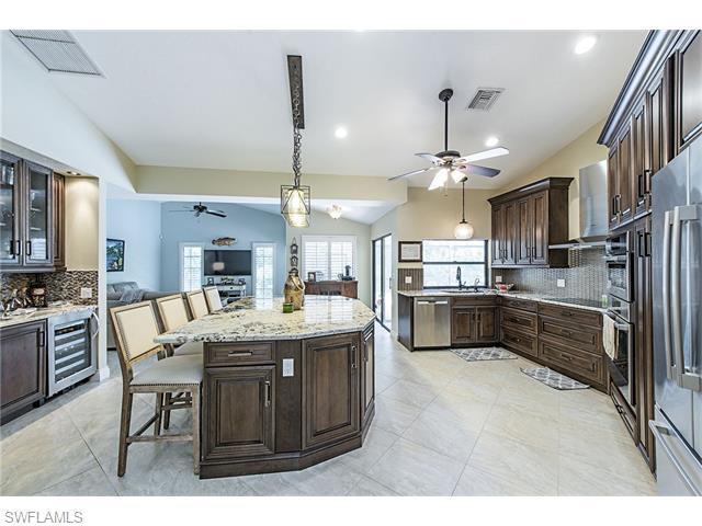 1719 Knights Ct, Naples, FL 34112 (MLS #216035366) :: The New Home Spot, Inc.