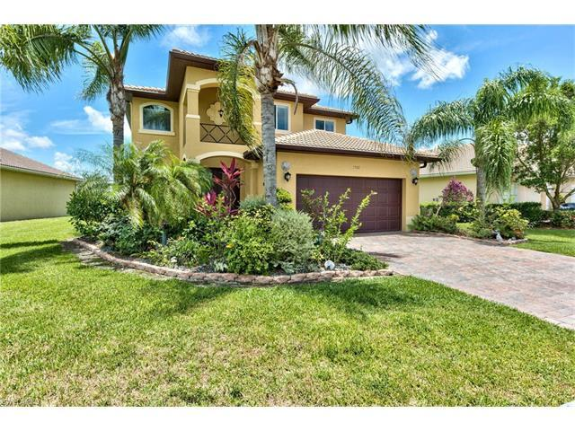 1502 Birdie Dr, Naples, FL 34120 (#216038011) :: Homes and Land Brokers, Inc