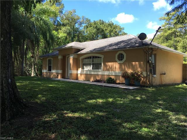 141 8th St NE, Naples, FL 34120 (MLS #216040629) :: The New Home Spot, Inc.