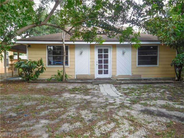 11625 Mckenna Ave, Bonita Springs, FL 34135 (#216044655) :: Homes and Land Brokers, Inc