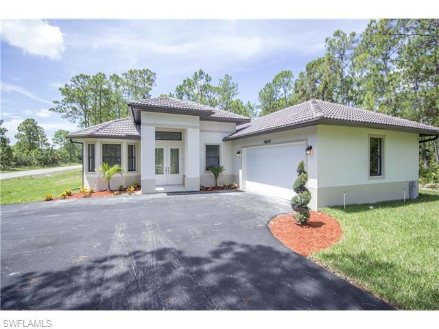 4605 14th St NE, Naples, FL 34120 (MLS #216044804) :: The New Home Spot, Inc.