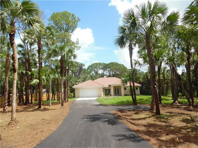 445 12th Ave NW, Naples, FL 34120 (#216045597) :: Homes and Land Brokers, Inc