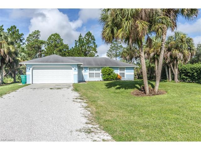 1161 13th St SW, Naples, FL 34117 (MLS #216048571) :: The New Home Spot, Inc.