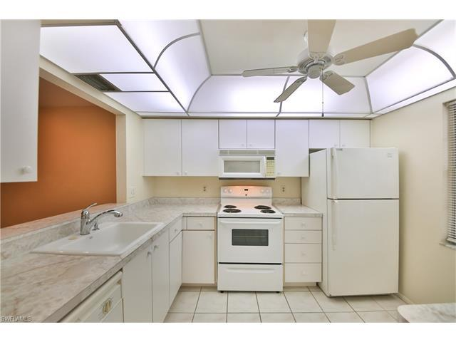 6300 S Pointe Blvd #481, Fort Myers, FL 33919 (MLS #216049771) :: The New Home Spot, Inc.