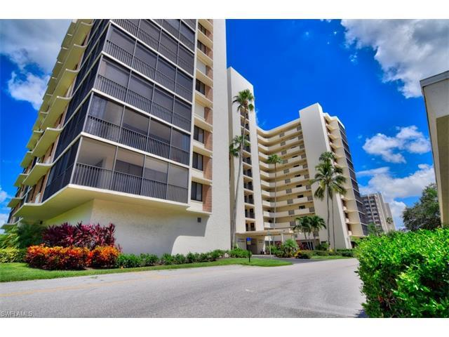 11 Bluebill Ave #405, Naples, FL 34108 (MLS #216053132) :: The New Home Spot, Inc.