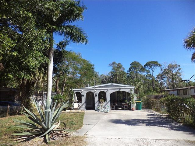 2617 Holly Ave, Naples, FL 34112 (#216054234) :: Homes and Land Brokers, Inc