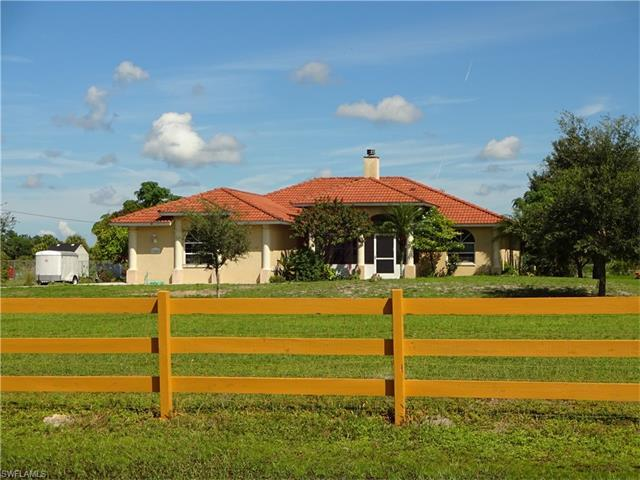 2545 39th Ave NE, Naples, FL 34120 (#216054369) :: Homes and Land Brokers, Inc
