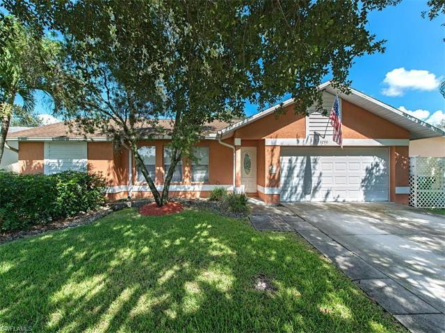 3290 Valencia Dr, Naples, FL 34120 (MLS #216055176) :: The New Home Spot, Inc.