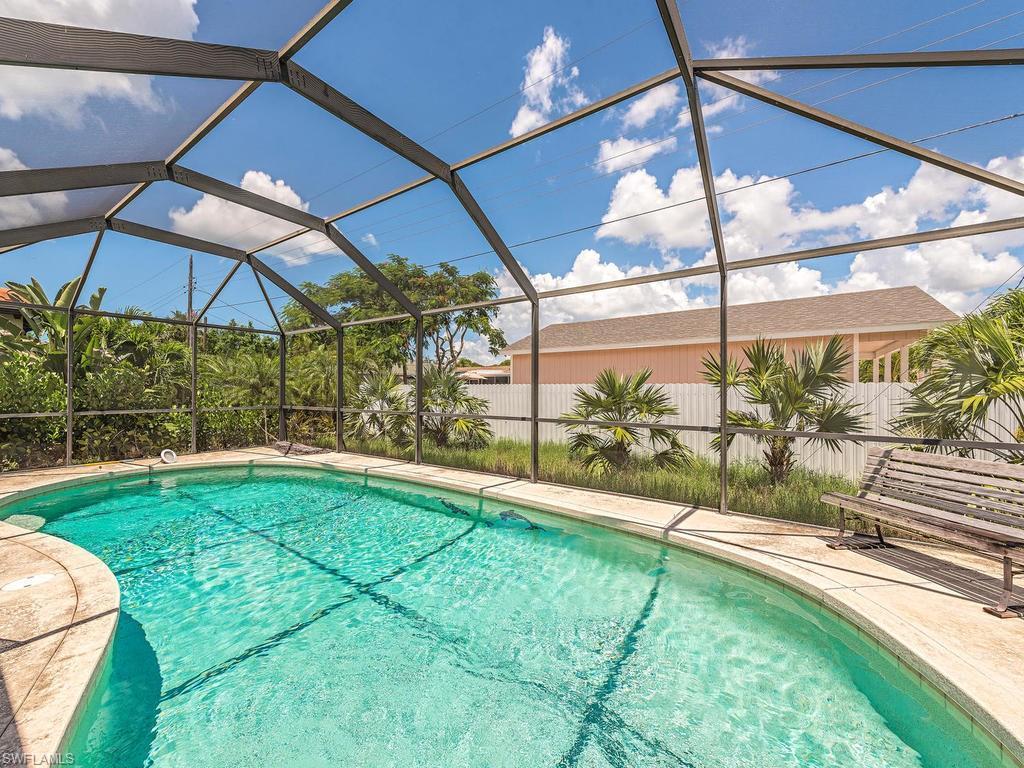 35 4th St, Bonita Springs, FL 34134 (MLS #216055713) :: The New Home Spot, Inc.