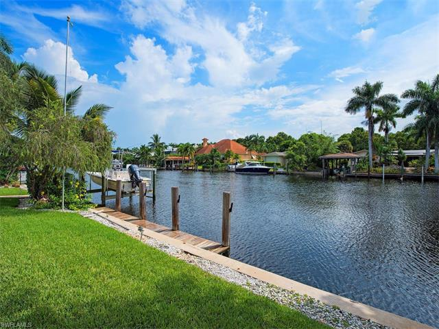 1969 7TH St S, Naples, FL 34102 (#216057685) :: Homes and Land Brokers, Inc