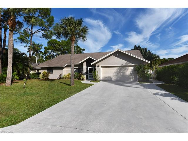 61 Erie Dr, Naples, FL 34110 (MLS #216058264) :: The New Home Spot, Inc.