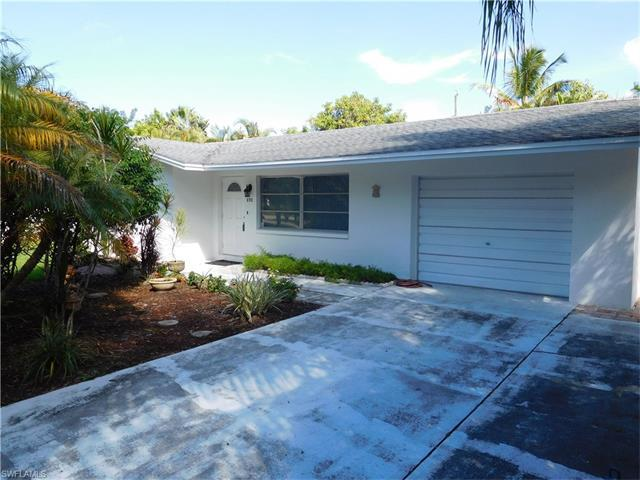 693 103rd Ave N, Naples, FL 34108 (#216058599) :: Homes and Land Brokers, Inc