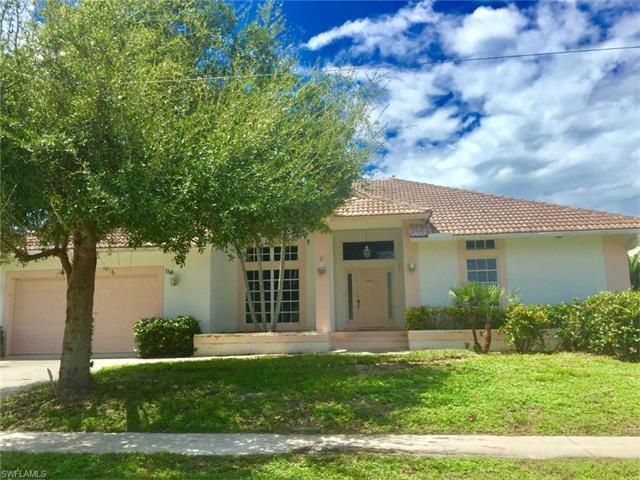 156 Shorecrest Ct, Marco Island, FL 34145 (#216058892) :: Homes and Land Brokers, Inc