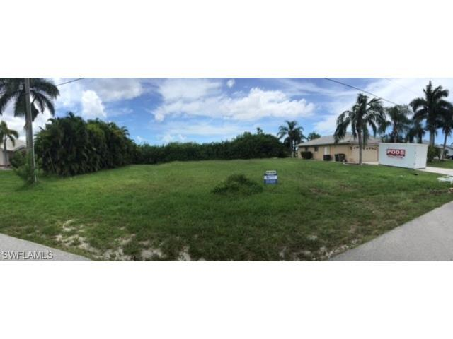 1720 SW 50th Ter, Cape Coral, FL 33914 (#216059149) :: Homes and Land Brokers, Inc