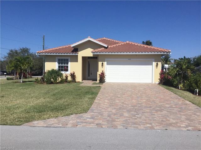 1021 Elrado St, Naples, FL 34103 (#216059260) :: Homes and Land Brokers, Inc