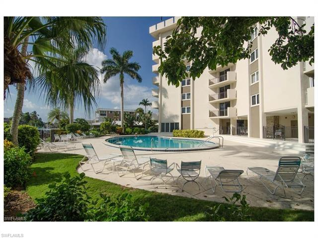 2150 Gulf Shore Blvd N #207, Naples, FL 34102 (#216059344) :: Homes and Land Brokers, Inc