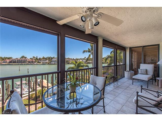2400 Gulf Shore Blvd N #204, Naples, FL 34103 (MLS #216059651) :: The New Home Spot, Inc.
