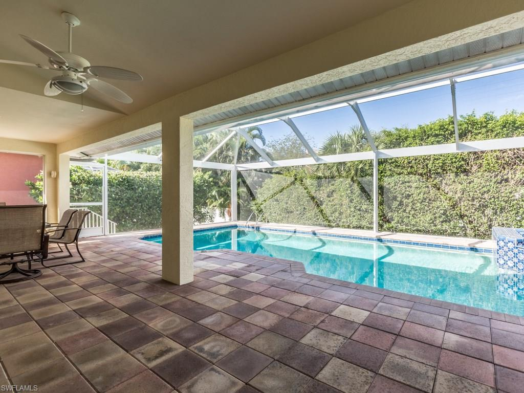 248 Castaways St, Marco Island, FL 34145 (#216062554) :: Homes and Land Brokers, Inc