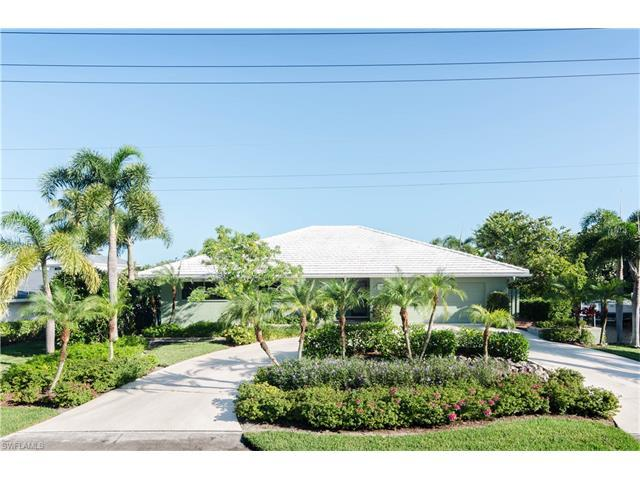 1569 Marlin Dr, Naples, FL 34102 (#216062894) :: Homes and Land Brokers, Inc